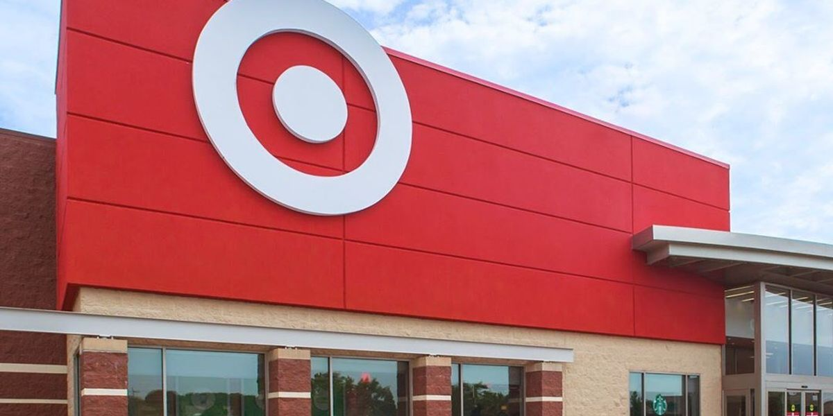 Target to limit no. of shoppers in stores starting this weekend, distribute masks to staff