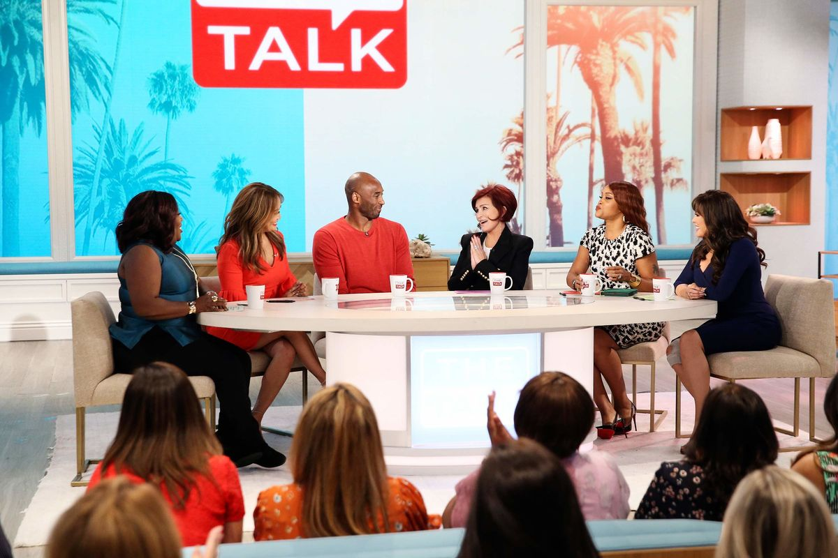The hosts of The Talk and guest the late Kobe Bryant.