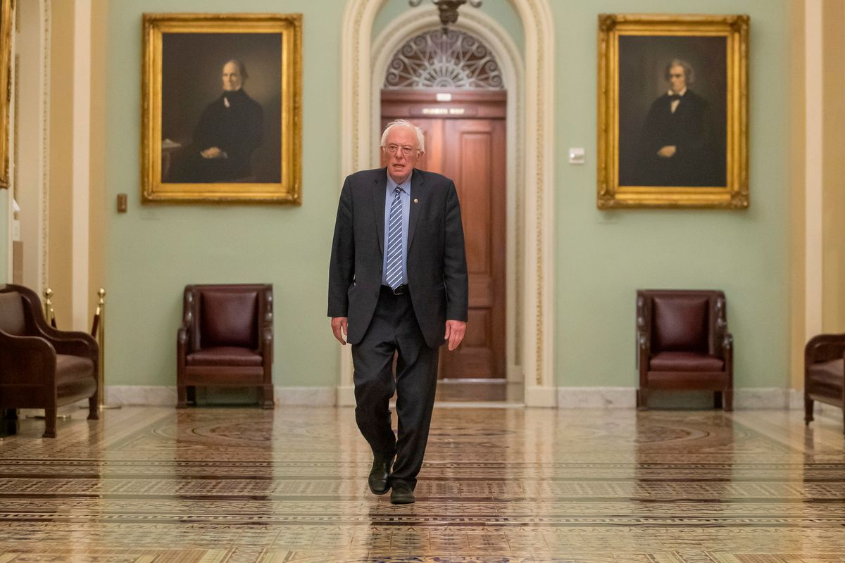 Sanders si ritira e l'establishment brinda