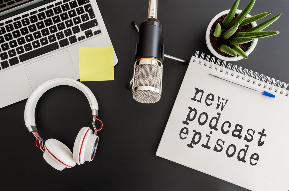 7 Best Personal Development Podcasts to Listen to When Stuck Inside