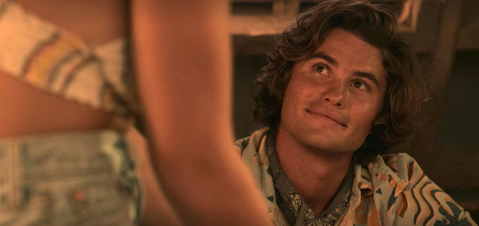 9 Reasons John B From Netflix's 'Outer Banks' Is The Quarantine Boyfriend You Need RN
