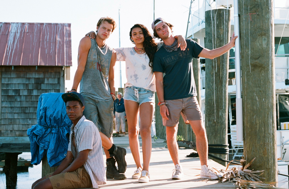 6 Reasons To Stop Everything And Watch Outer Banks on Netflix Right Now