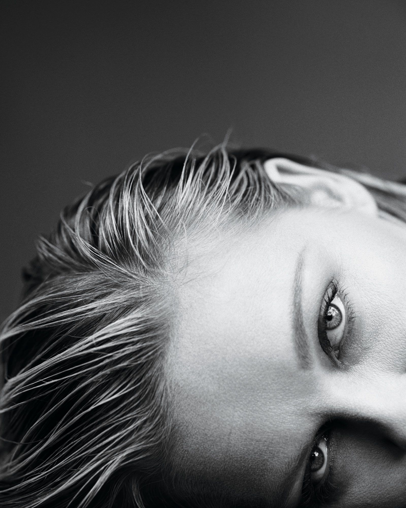 Black and white portrait of Kirsten Dunst's eyes.
