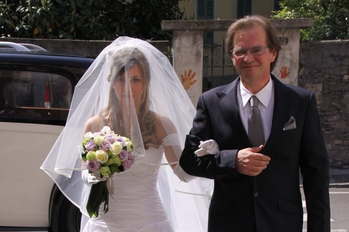 Cristina Longhini: «Mio papà fatto morire e poi cremato. E mi presentano il conto, anche caro»