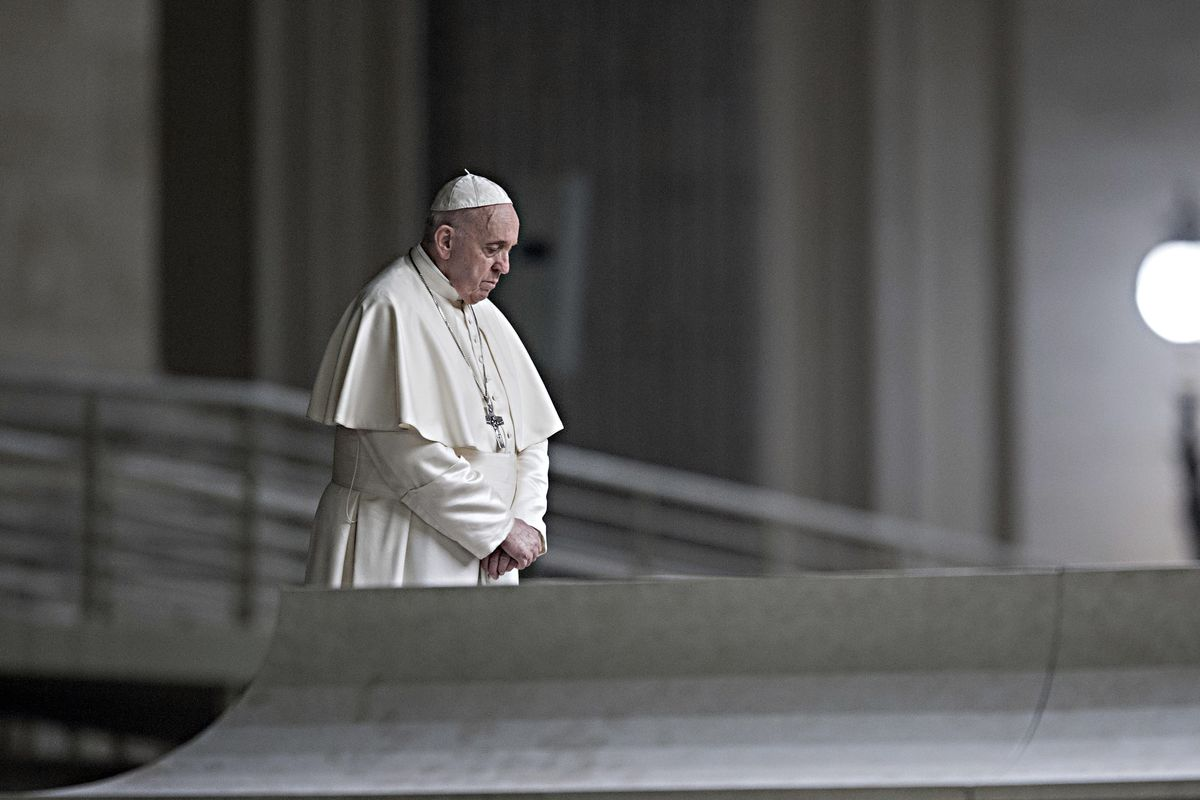 «Non favoriamo i sovranisti». Il cerchio magico del Papa impone la frenata sulle messe