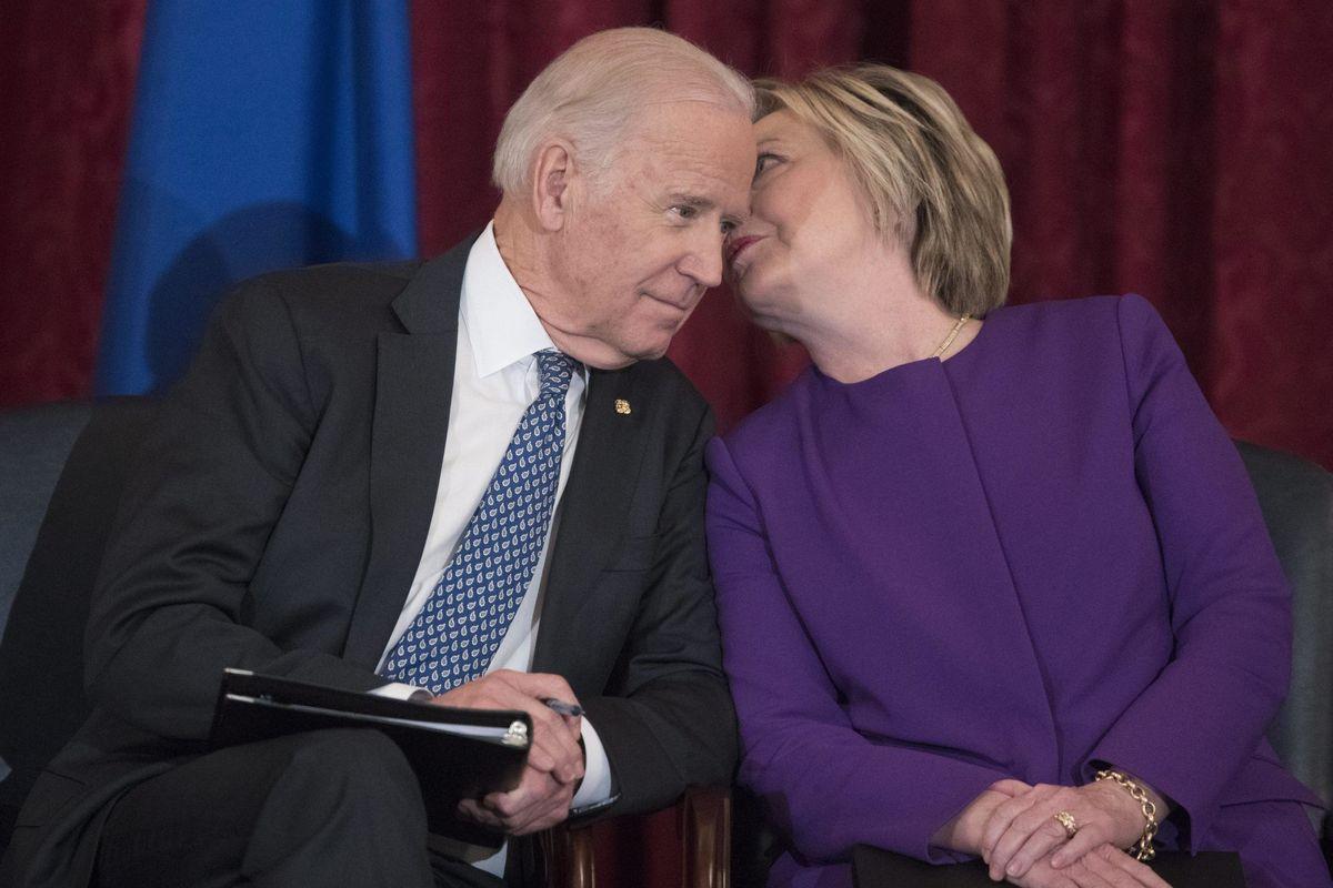 Perché Hillary è un problema per Biden