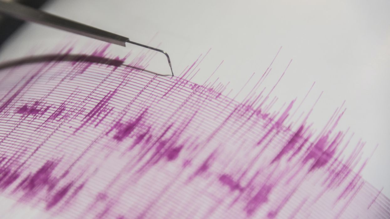 Tectonic Plates Reverse Their Movement Before Major Earthquakes
