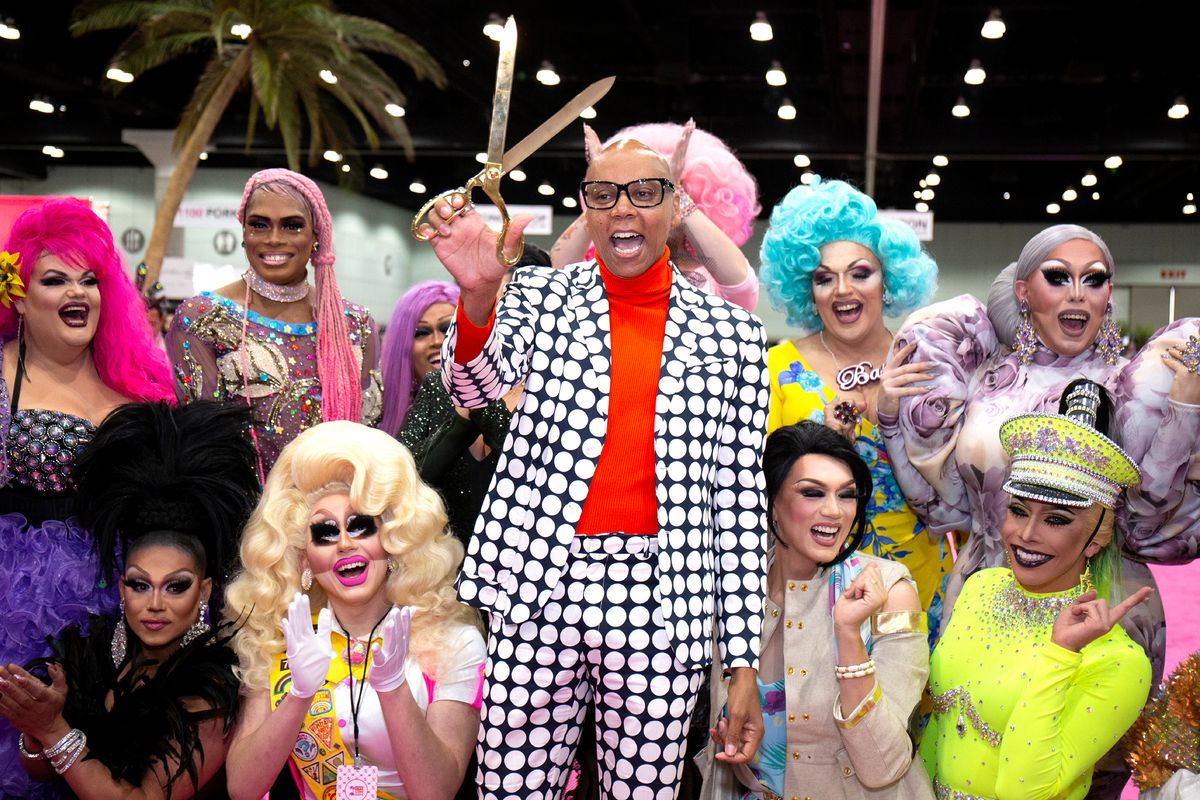 Livestream This: DragCon Goes Virtual