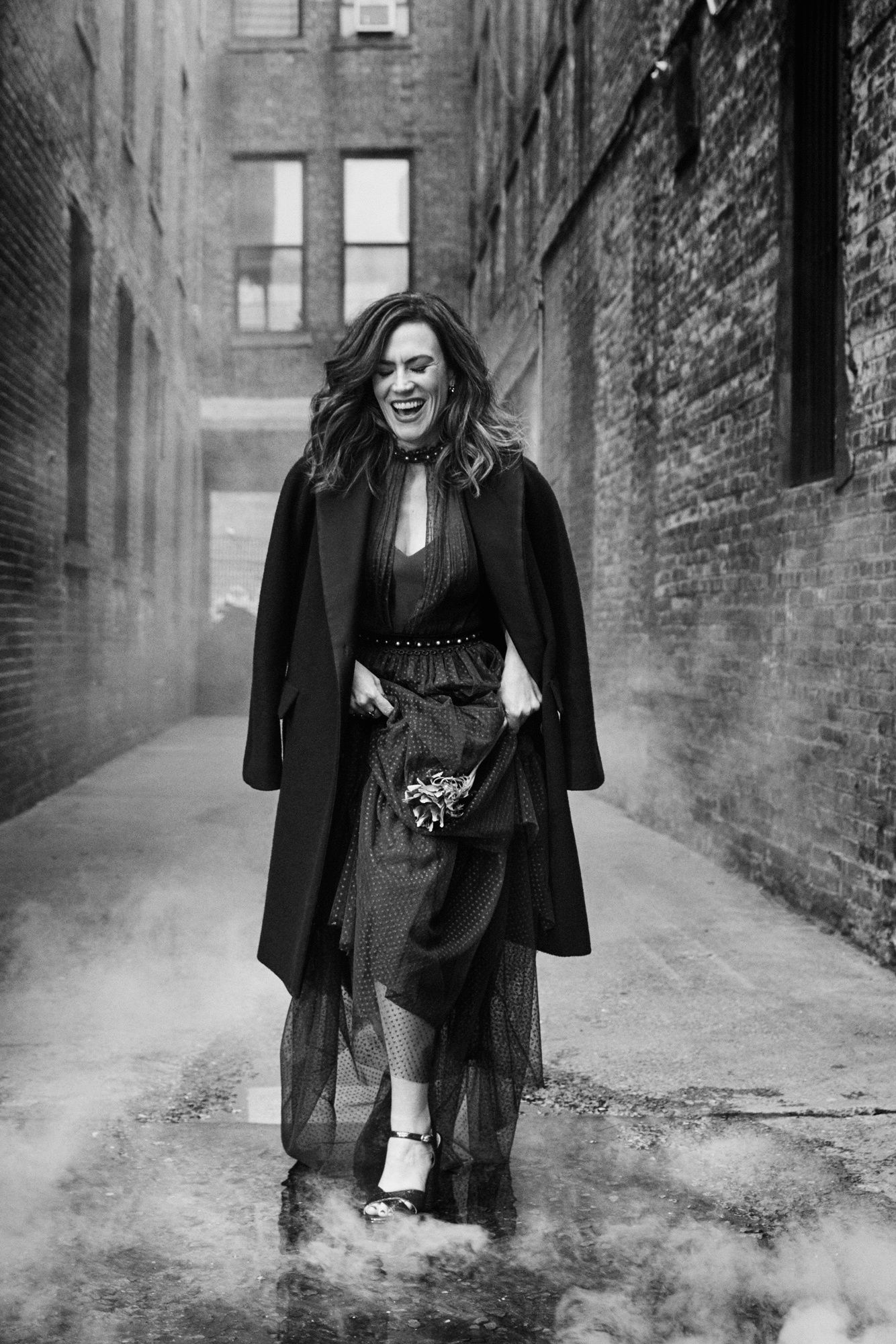 Black and white photo of Maggie Siff in New York City.