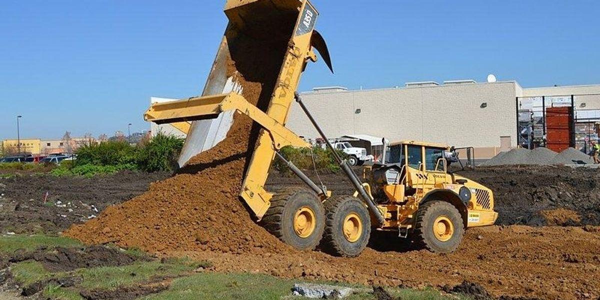 Farm sludge contaminates soil with drugs, other chemicals