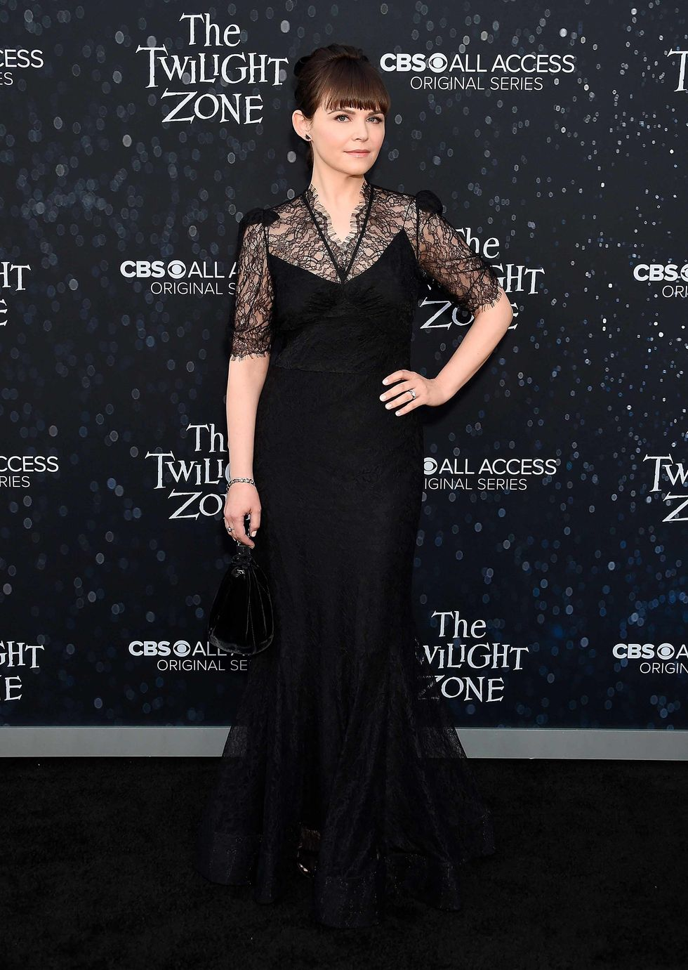 Ginnifer Goodwin in a black lace gown.