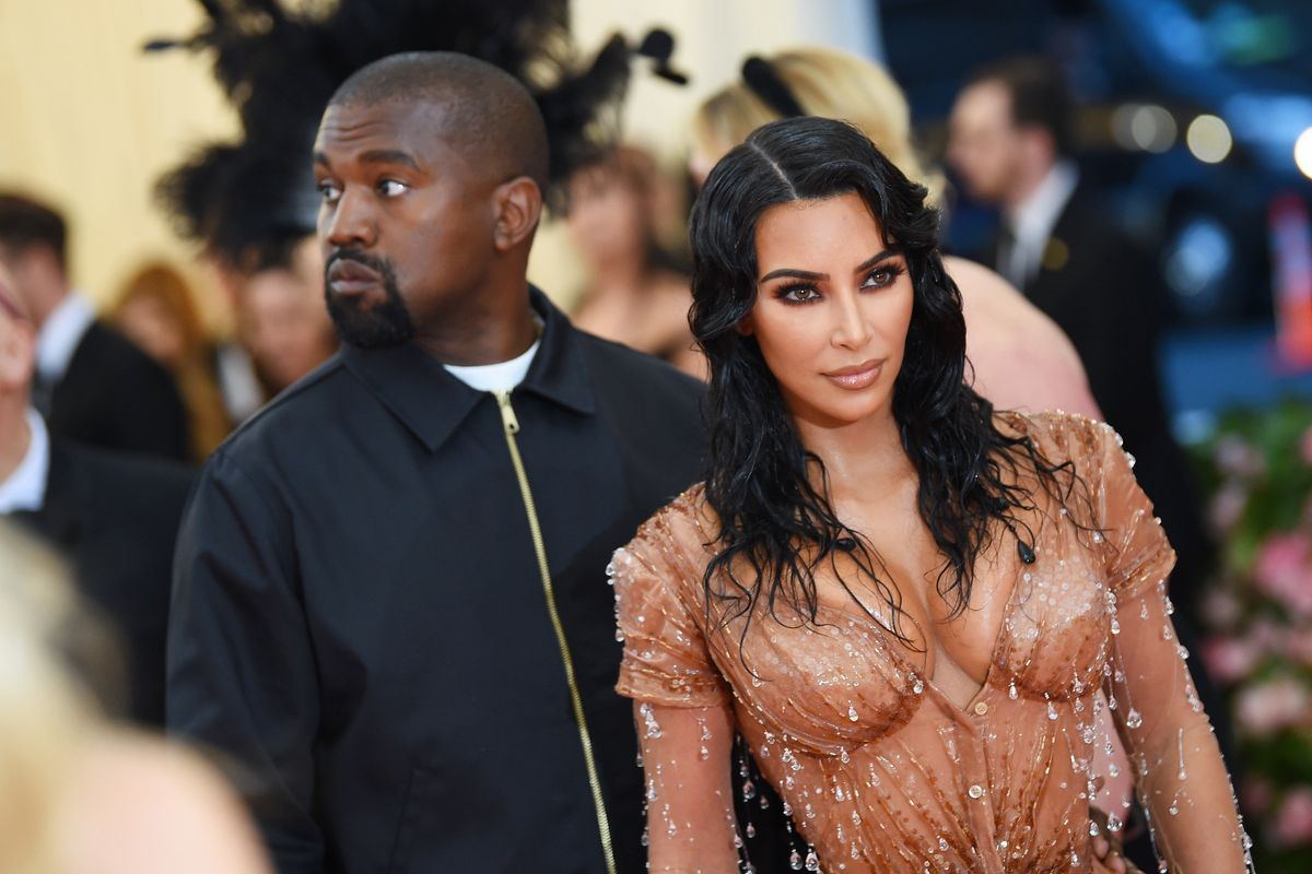 Former Bodyguard Accuses Kanye and Kim of Calling the Paparazzi on Themselves
