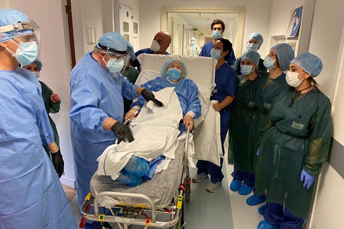 Ozonoterapia, la cura che difende i pazienti oncologici anziani dalla minaccia Covid