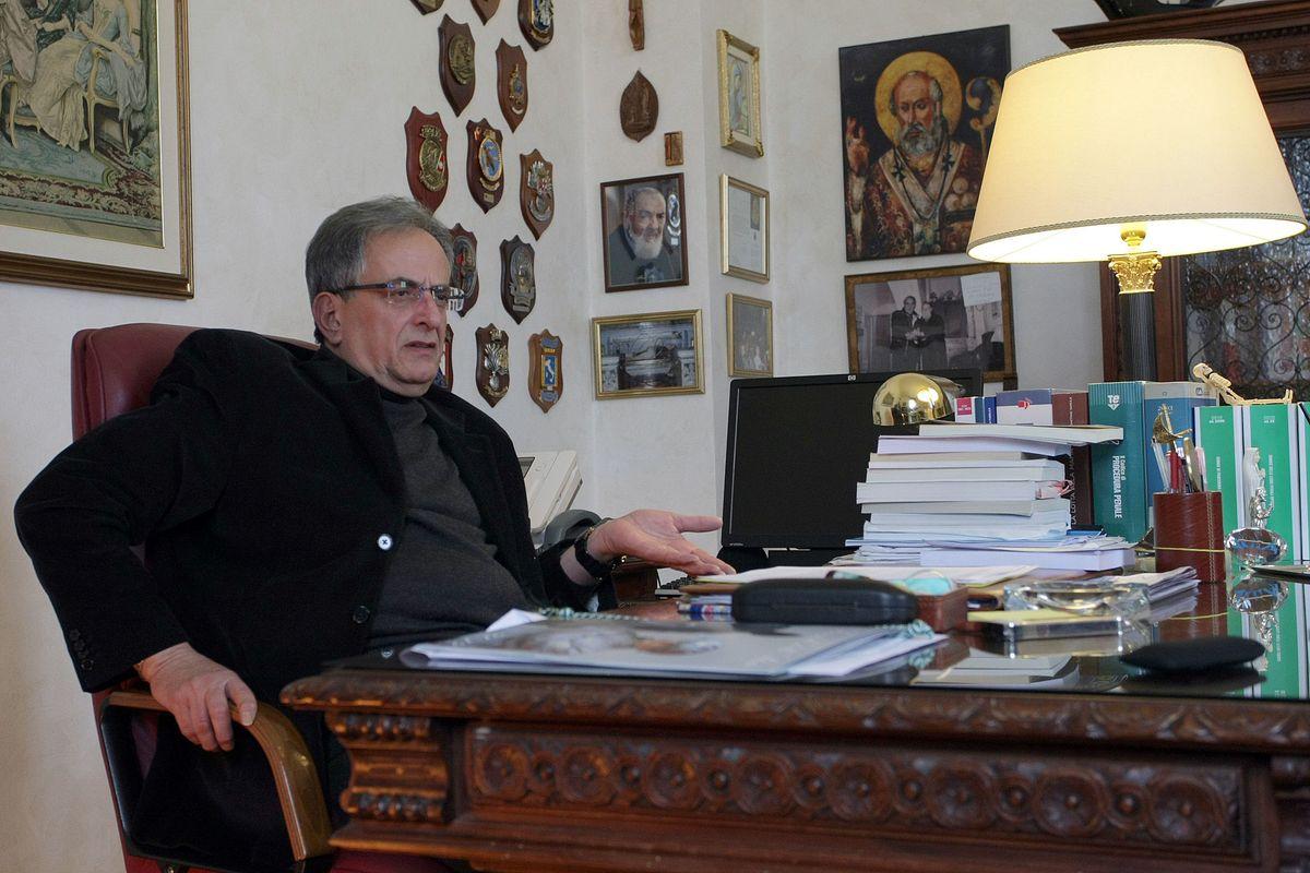 Arrestato il procuratore di Taranto: «Si inventava accuse su richiesta»
