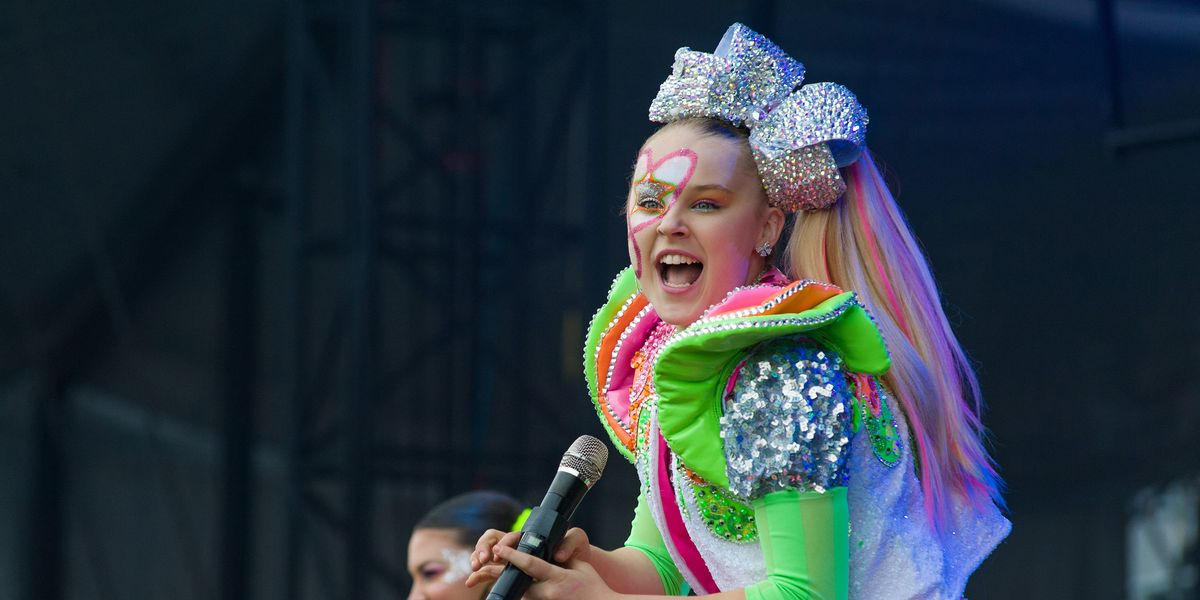 JoJo Siwa Is Unrecognizable Without Her Ponytail