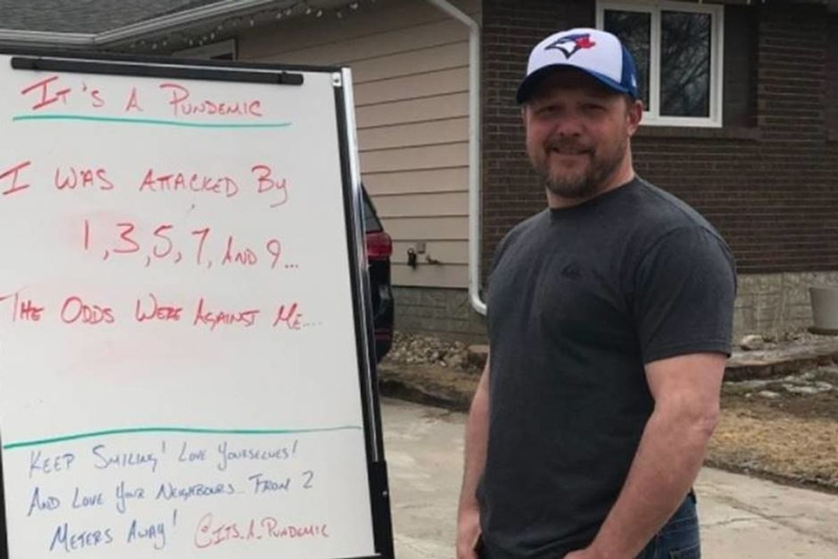 Every day this father of two posts ridiculous dad jokes on a whiteboard in his driveway