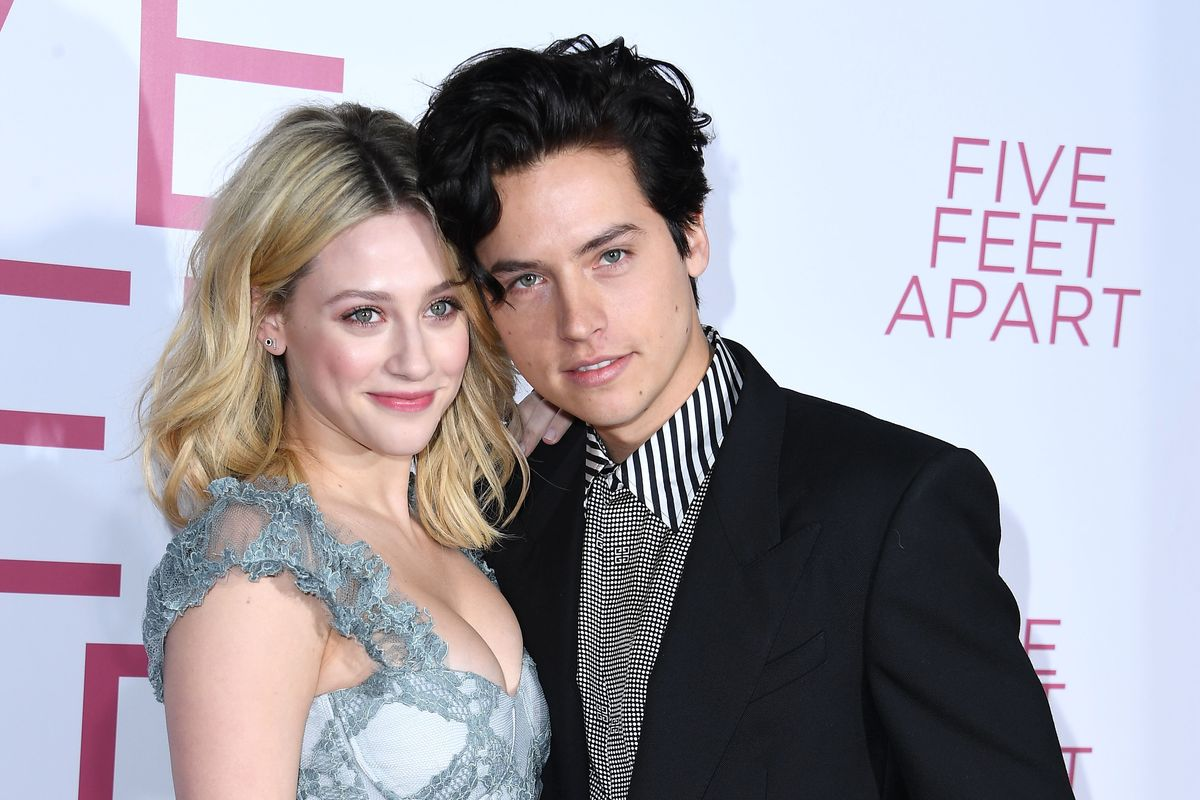 Lili Reinhart Criticizes Cancel Culture While Defending Cole Sprouse