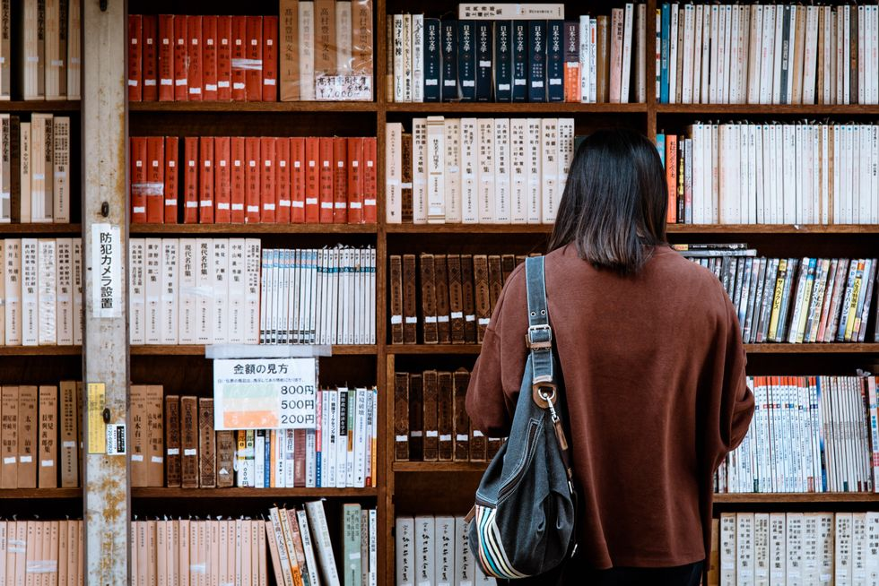 9 Great Books To Read During Your Free Time This Semester