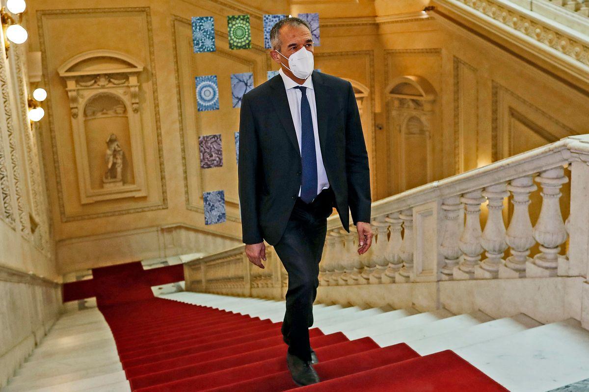La carica di Prodi e Cottarelli per ficcare lo Stato nelle imprese