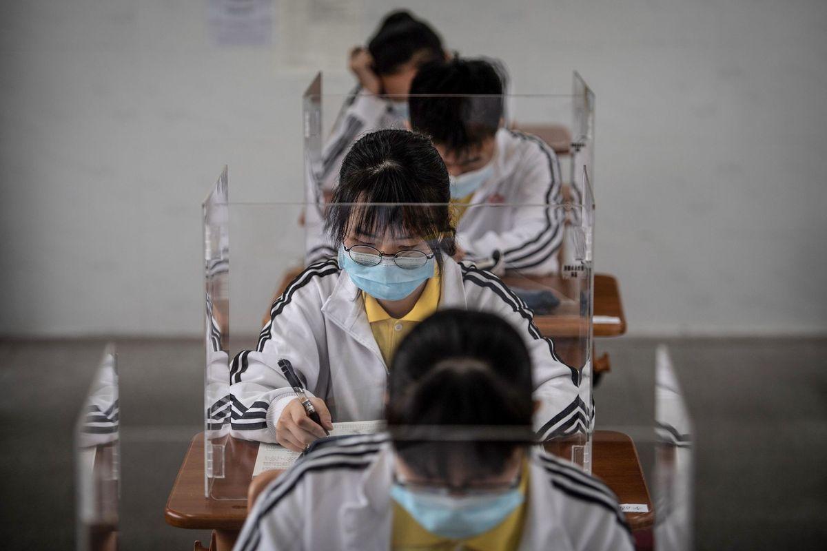La scuola riaprirà con 27.000 prof in meno