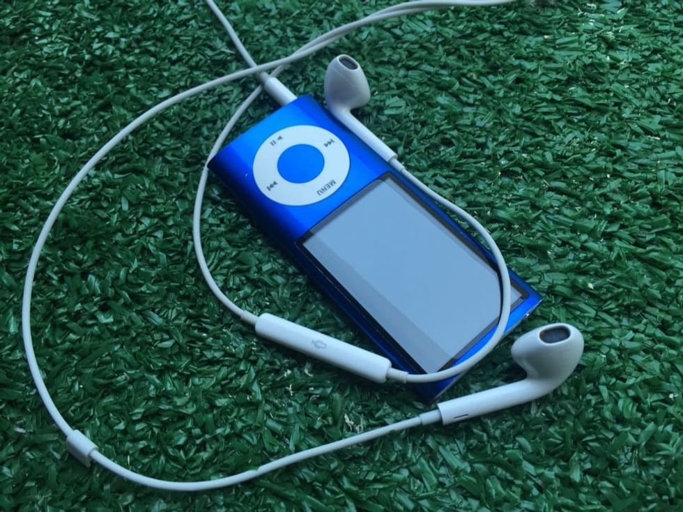 25 Songs That Were On Your iPod In Middle School