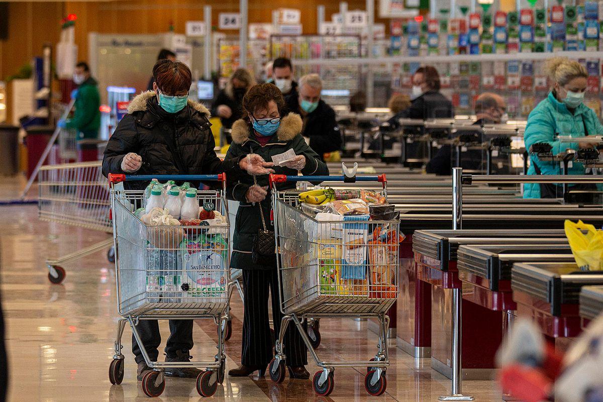 Spesa più cara: siamo in mano agli stranieri