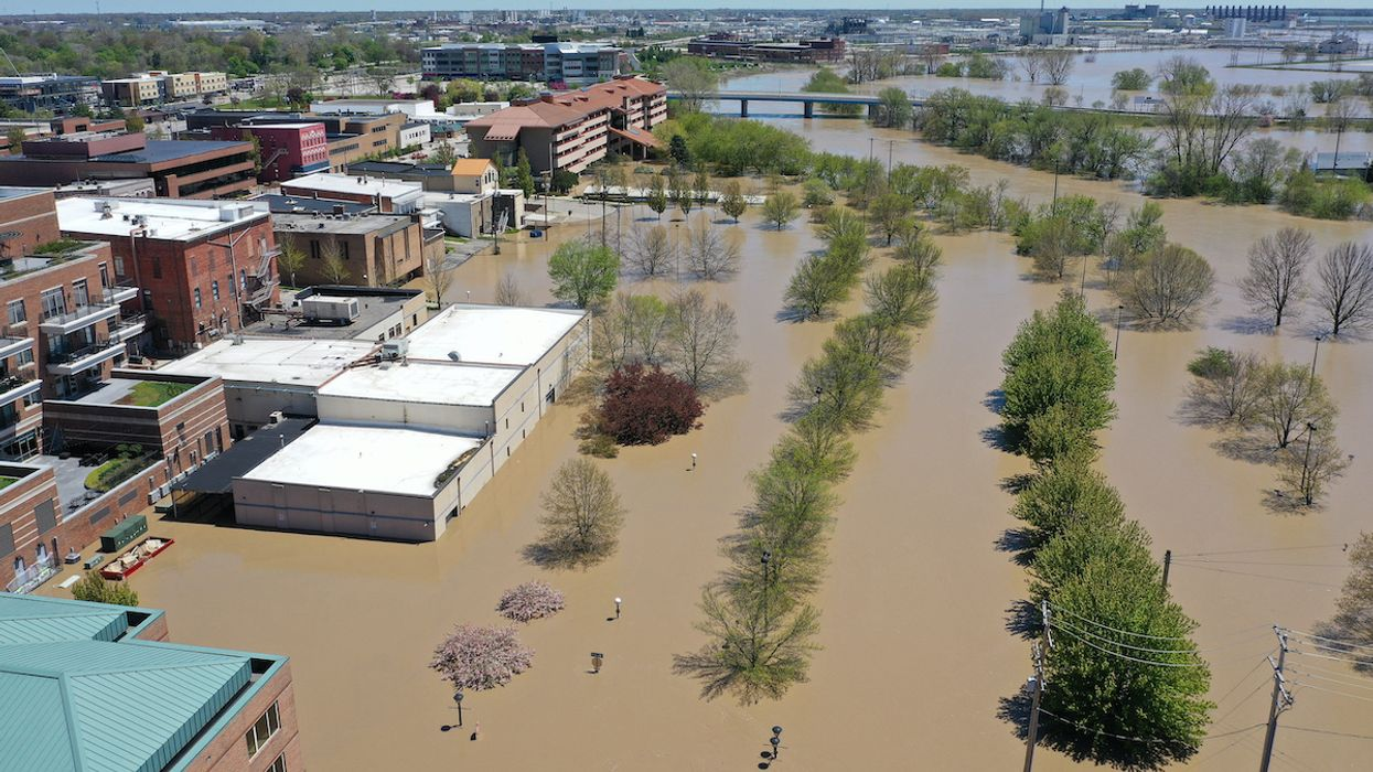 10,000 Flee Record Flooding in Michigan After 'Catastrophic Failures' of Dams