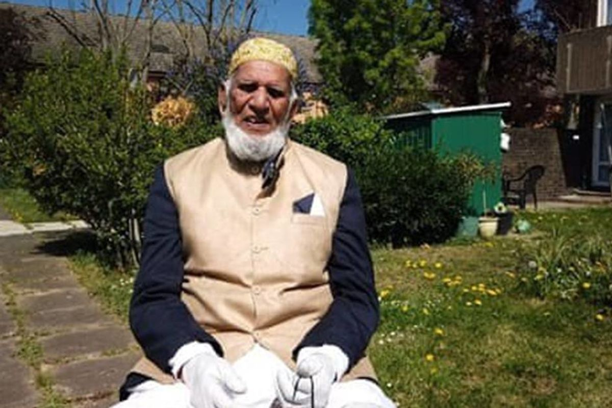 100-year-old Muslim man raises 207,000 for COVID-19 victims by walking laps while fasting