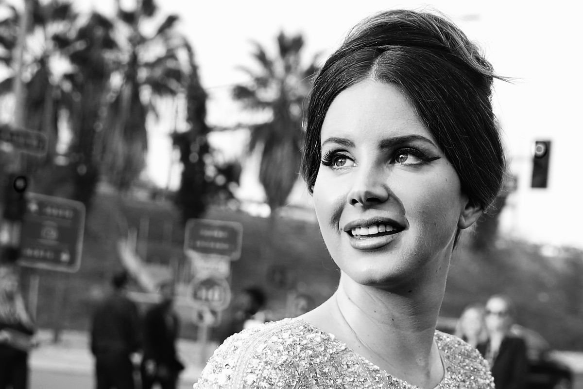 Meet the Memelord Behind the Viral 'Lana Del Rey Cursed 2020' Conspiracy