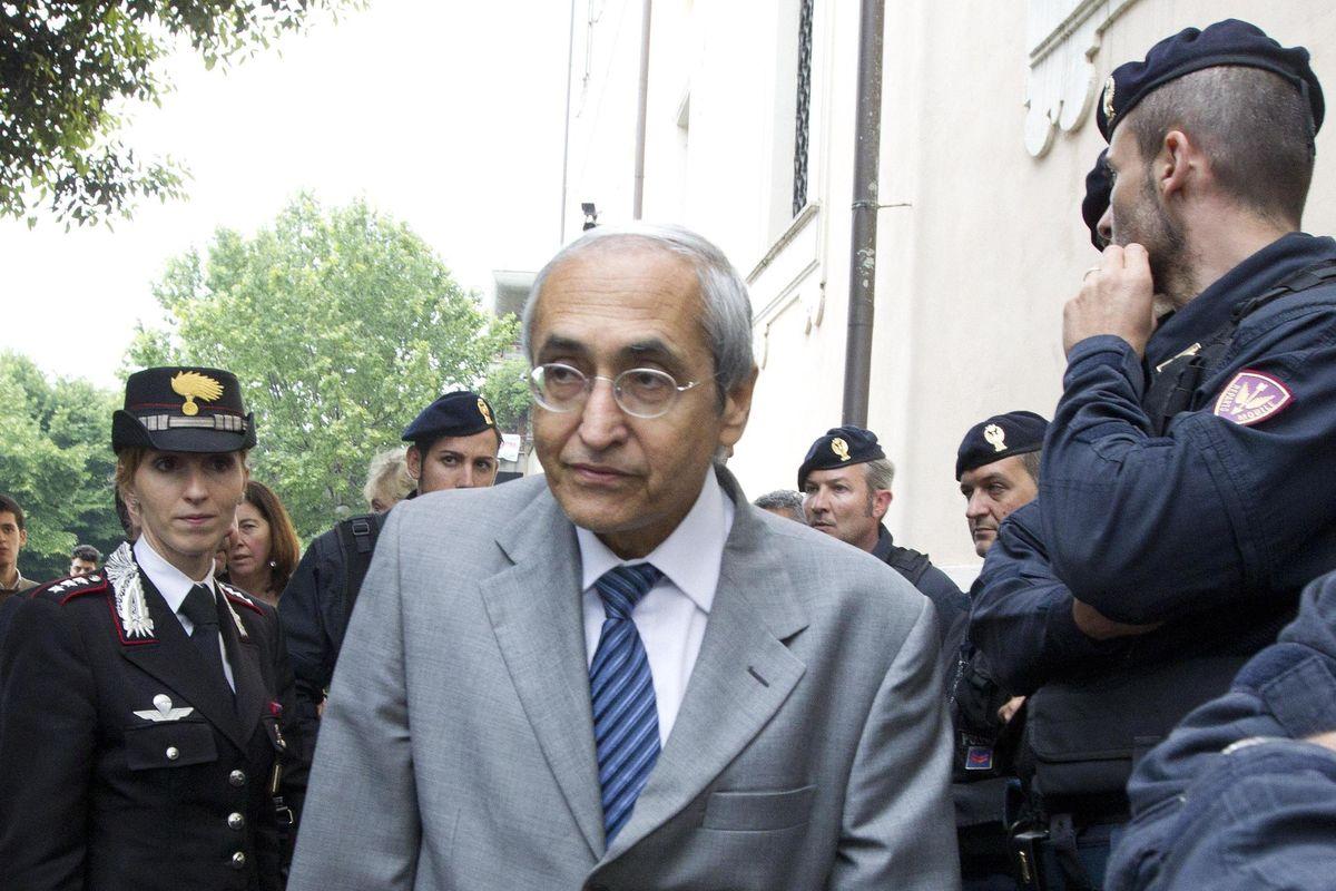 Palamara chattava anche con De Ficchy, il giudice di Perugia che indagava su di lui