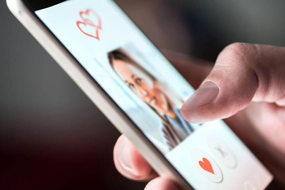 How swipe-based dating apps are impacting your mental health