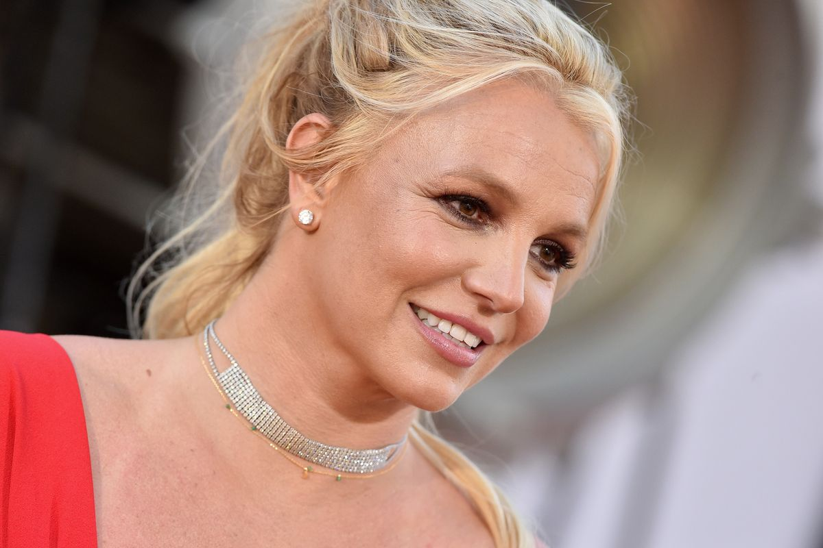 Britney Spears Is Practicing Safe Quarantining