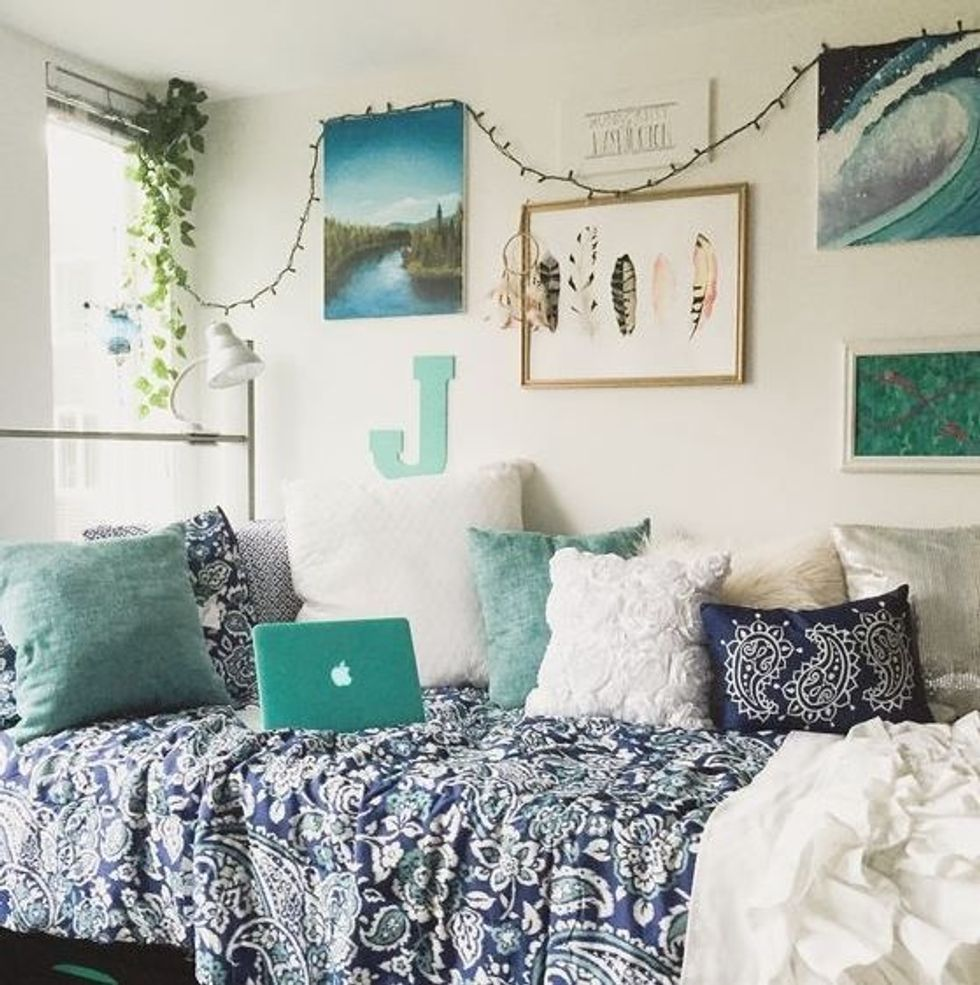 Dorm Essentials Every Incoming Freshman Should Have