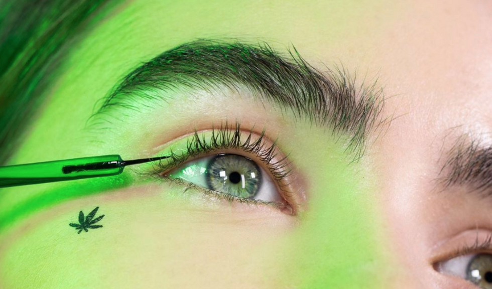 These 9 Natural Brow Growth Products Will Grow Full Eyebrows Fast, No Prescription Required