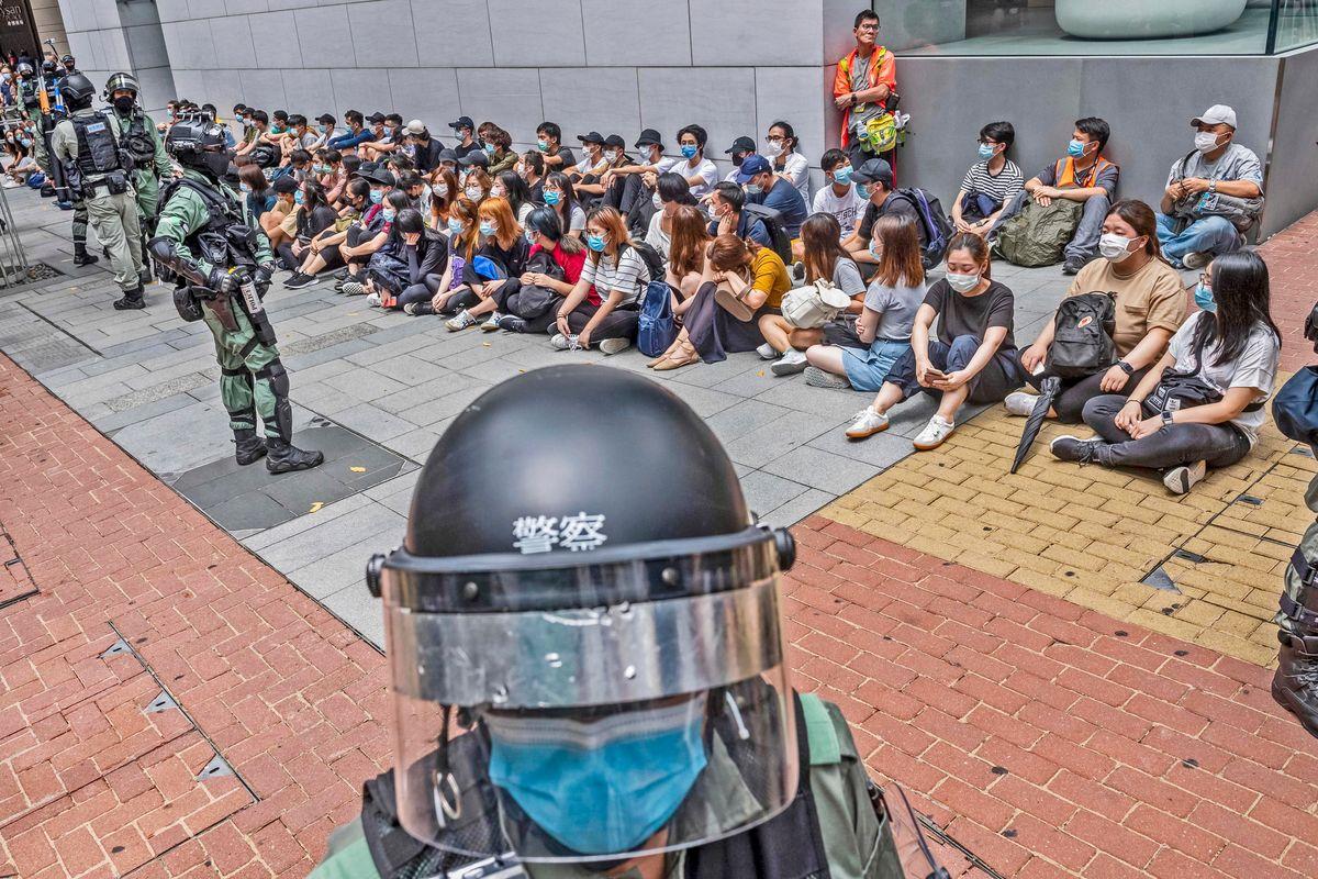 La guerra di Hong Kong spacca i giallorossi