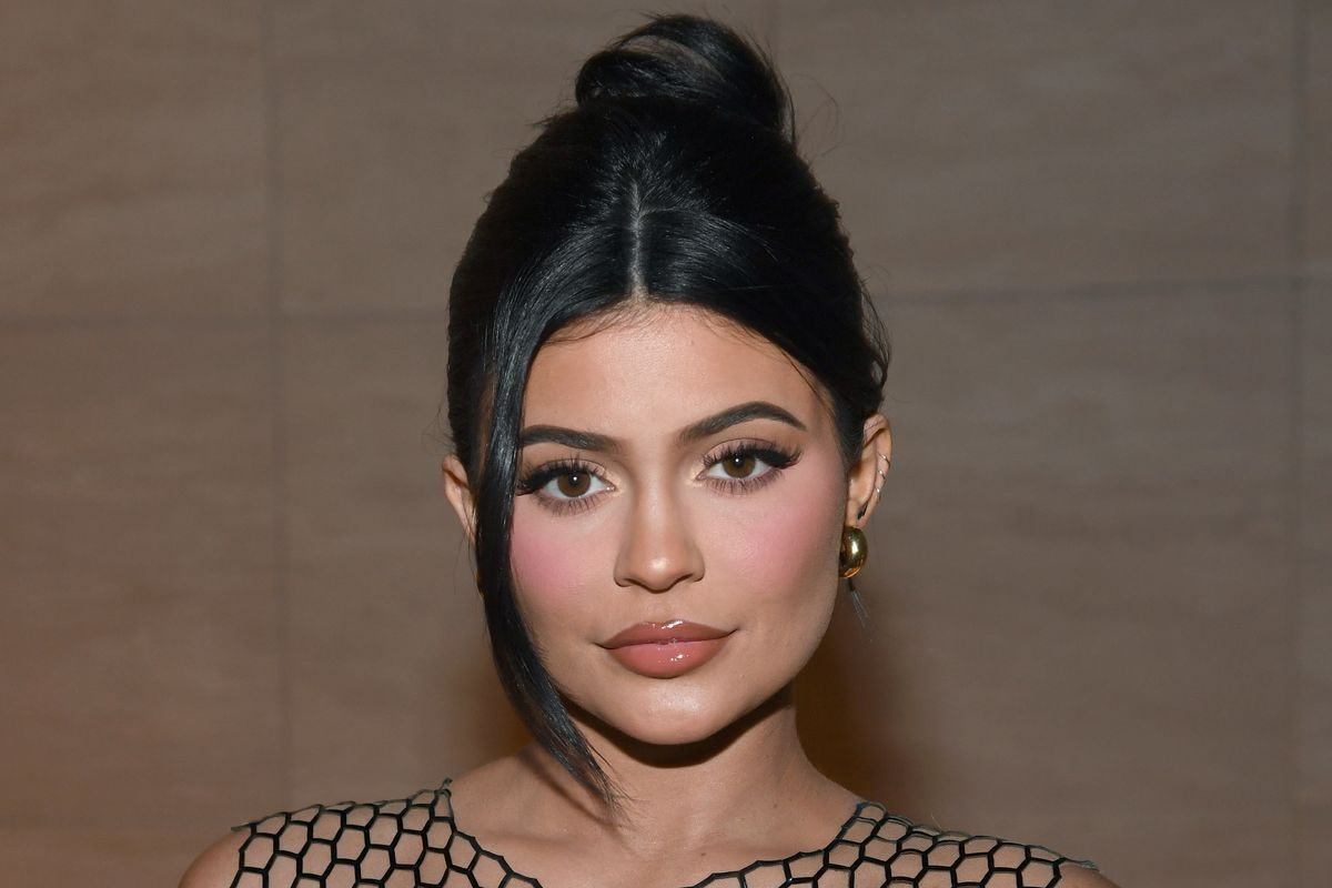 Kylie Jenner's Alleged 'Refusal' to Tag a Black-Owned Brand Sparks Debate