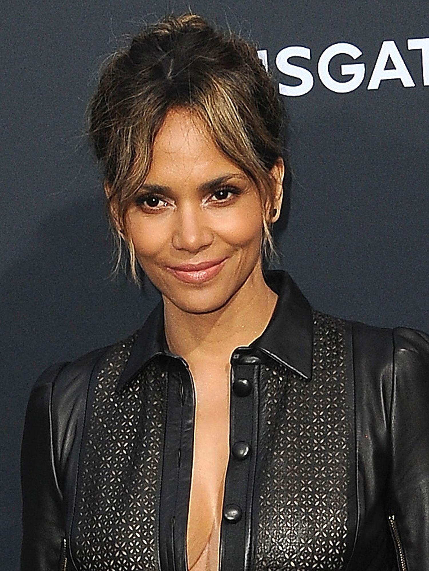 6 Cisgender Actors Who Should've Been Like Halle Berry and Turned Down Trans Roles