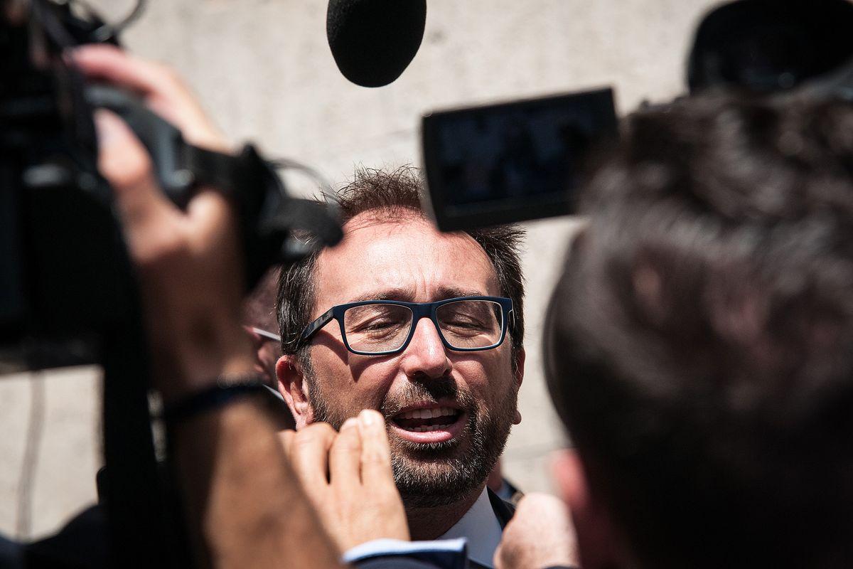 Scacco a Bonafede I renziani vogliono una commissione sul Cav condannato