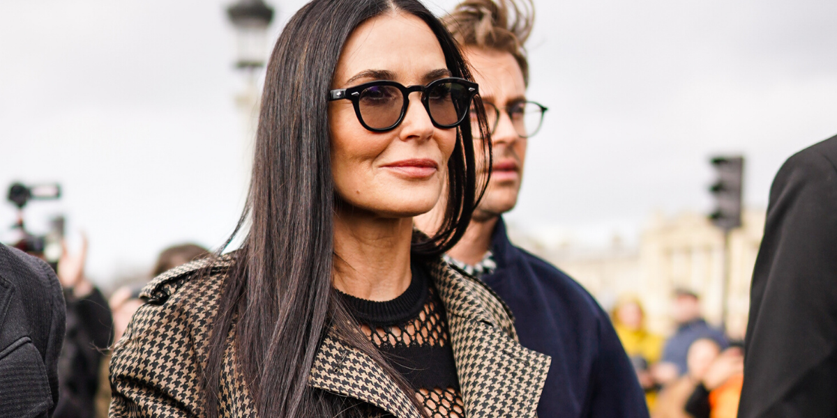 Demi Moore Just Shared Photos Of Her Bizarre Dual Bathroom-Office, And Fans Are Weirded Out
