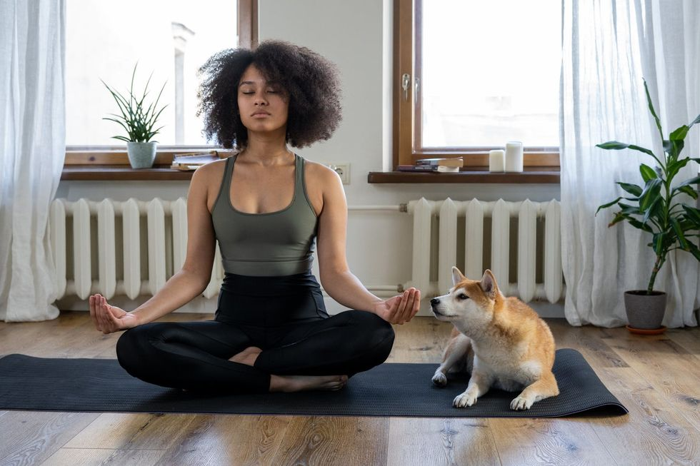 16 Positions To Help You Start A Simple Yoga Routine That Revitalizes Your Morning
