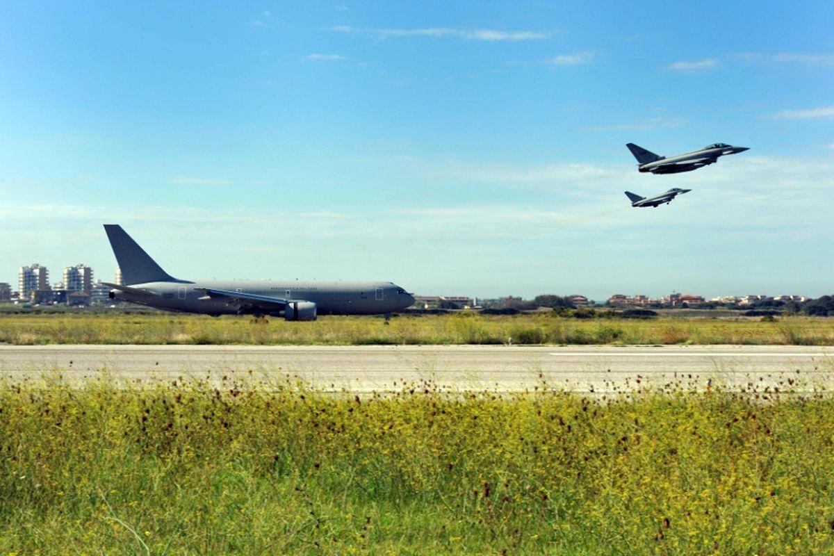 Appalti negli aeroporti militari e parentopoli di generali: l'ultima inchiesta del pm Ielo