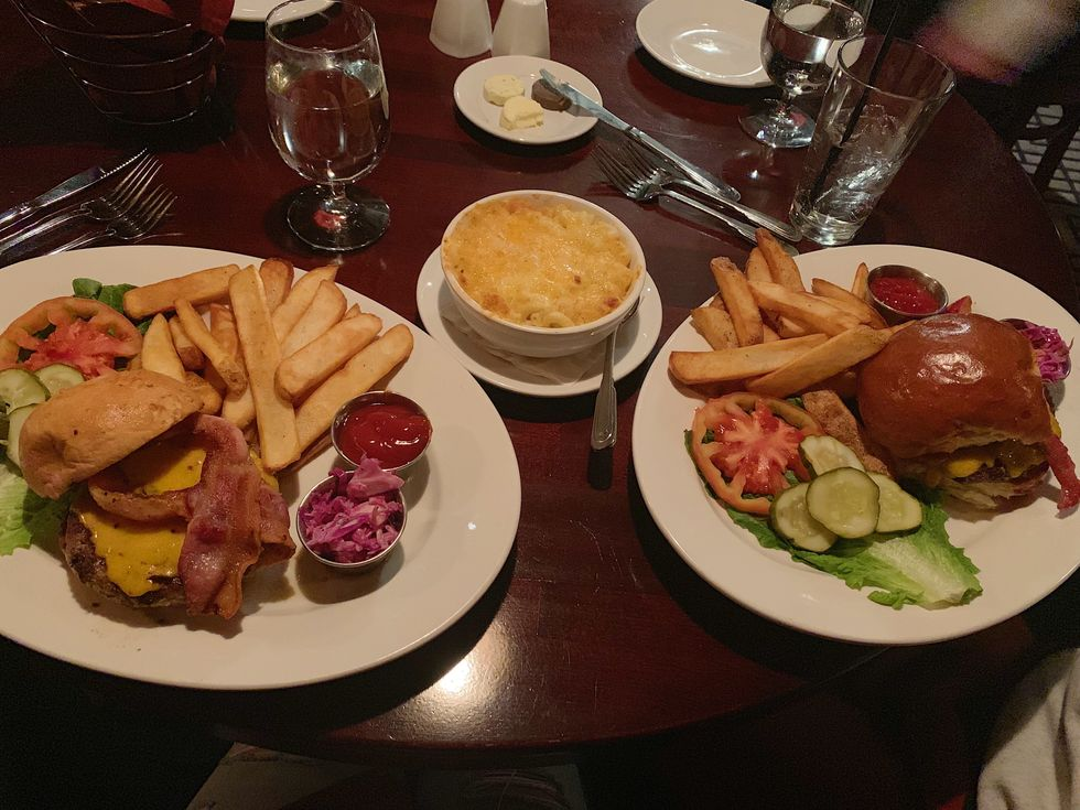 7 Restaurants Every University Of Illinois Student Should Visit In The Champaign-Urbana Area
