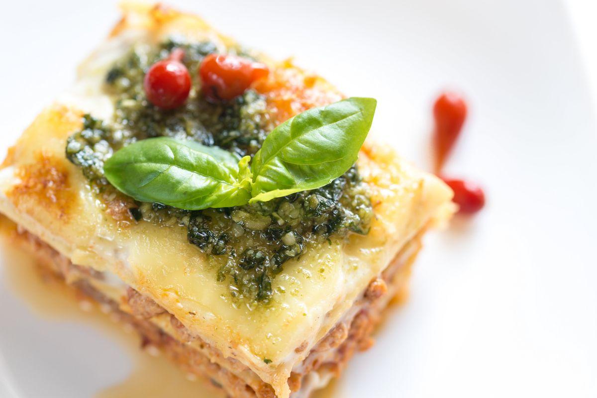 Cuciniamo insieme: lasagnette con ragù di astice e pesto leggero