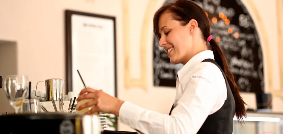 Anyone In The Food Service Industry Will Relate To These Life Lessons I Learned As A Waitress