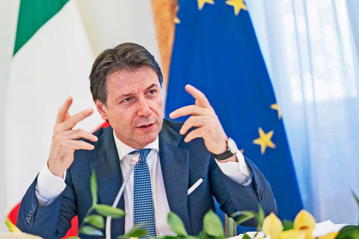 Le bufale dei giornali sui successi di Giuseppi e la fine dell'austerità