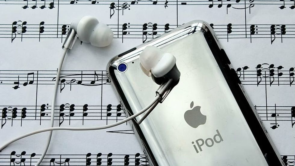 A Playlist From A Middle Schooler's iPod In 2014