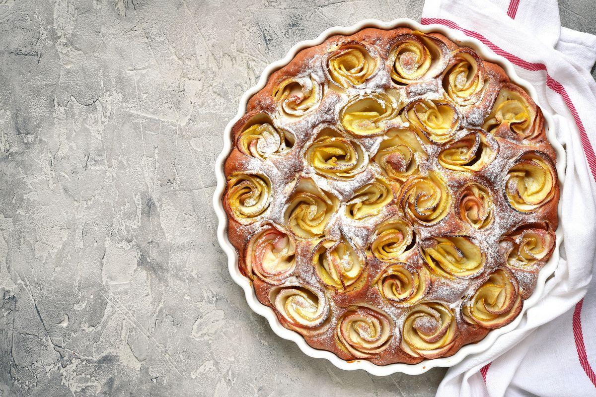 Cuciniamo insieme: torta di rose emiliana