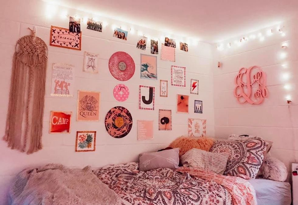 11 Tips For Decorating Your Dream Dorm Room Without Breaking The Bank
