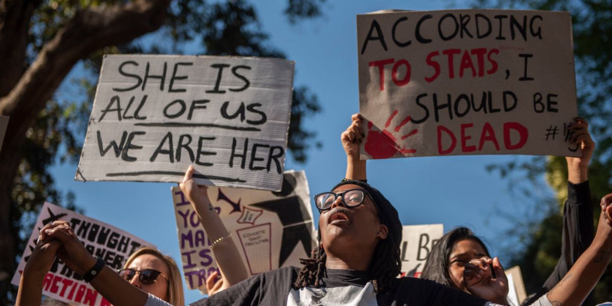<div>How a Global Pandemic Has Failed to Stop South Africa's Gender-Based Violence and Femicide Crisis</div>