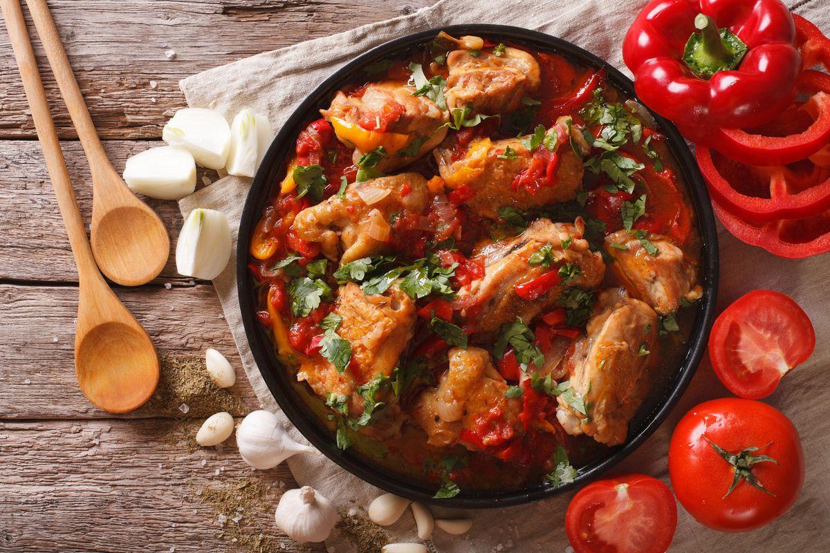Cuciniamo insieme: pollo con i peperoni